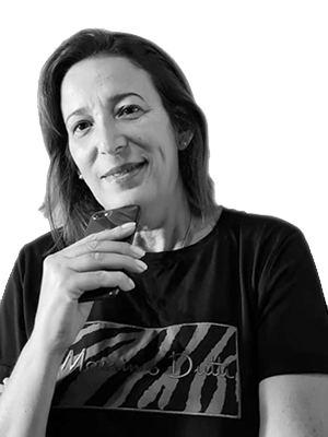 Ángeles León